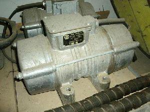 Электровибратор ИВ-104А-2